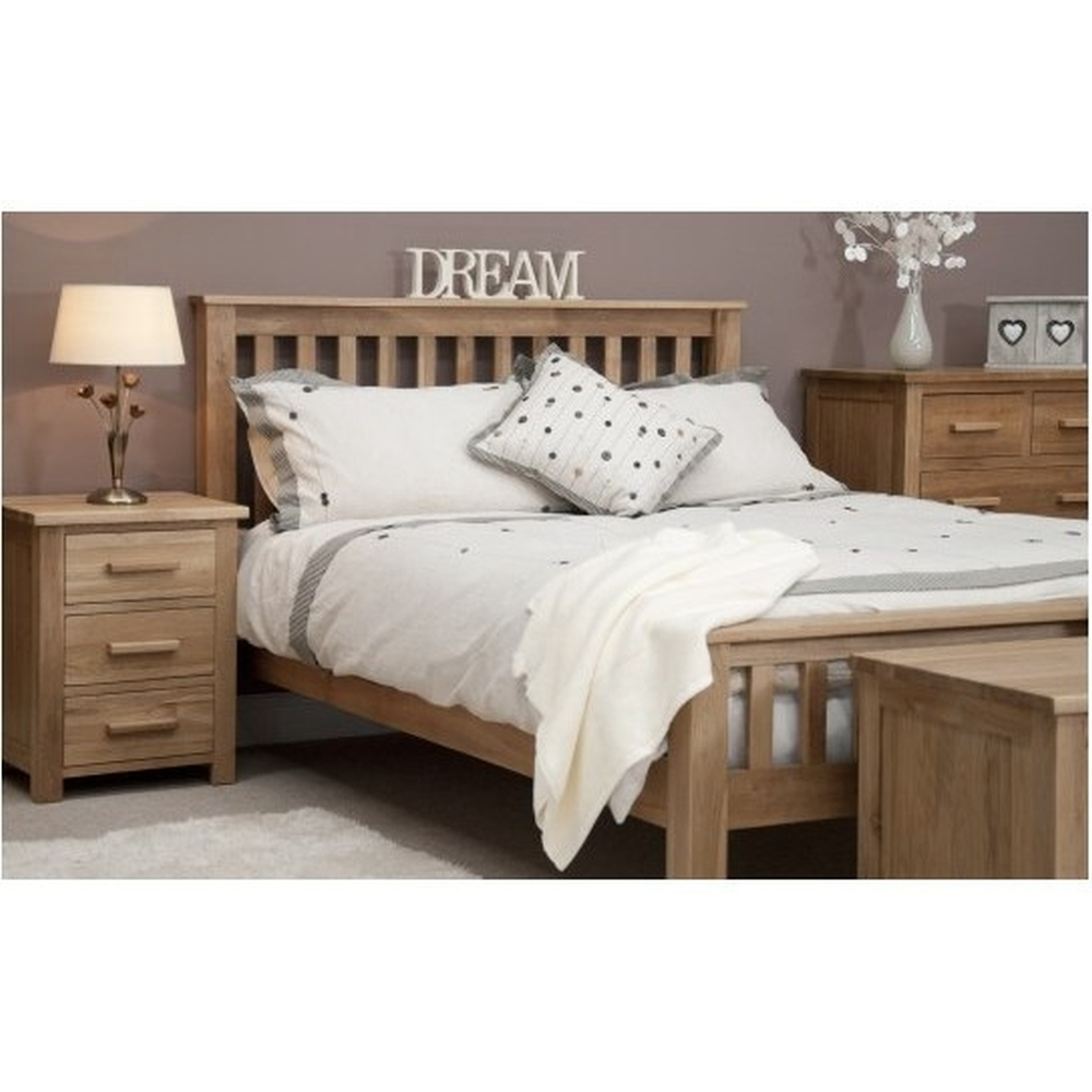 Boston 4 39 6 double bed solid oak bedroom furniture ebay for Oak bedroom furniture