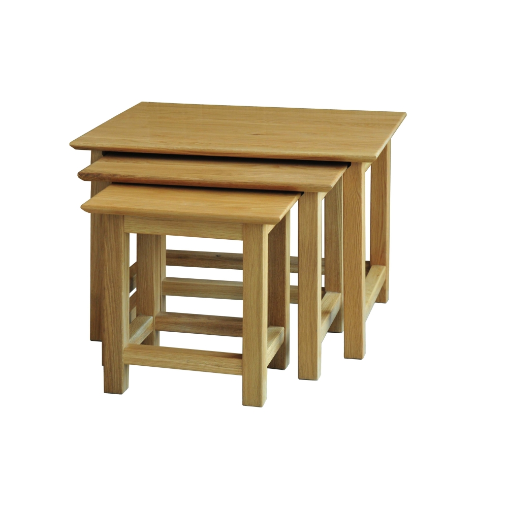 Bryson solid oak furniture small nest of three coffee for Small nest of tables