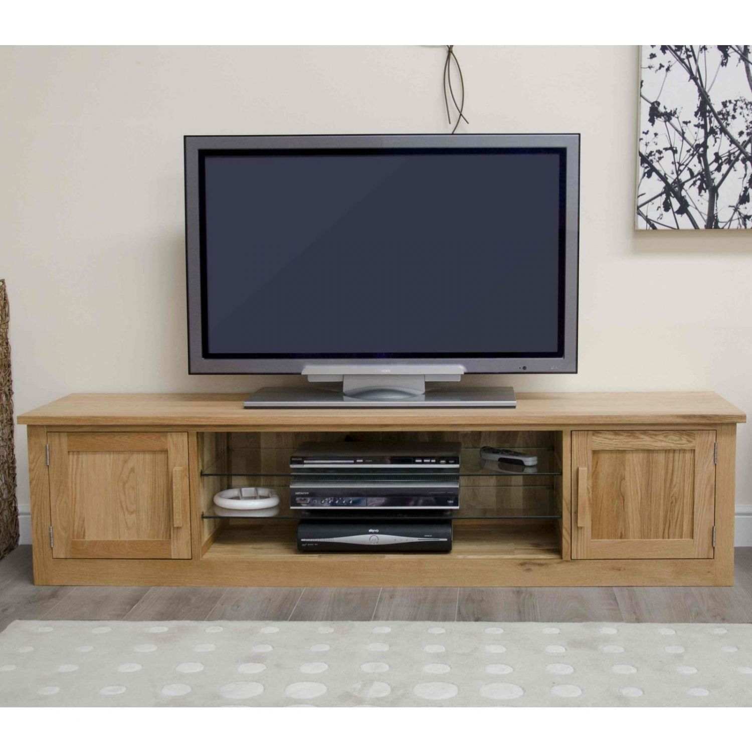 Arden solid oak living room furniture large widescreen tv for Tv room furniture