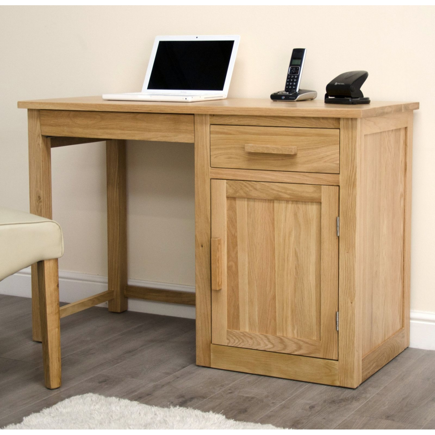 arden small office pc computer desk solid oak furniture with keyboard drawer. Black Bedroom Furniture Sets. Home Design Ideas