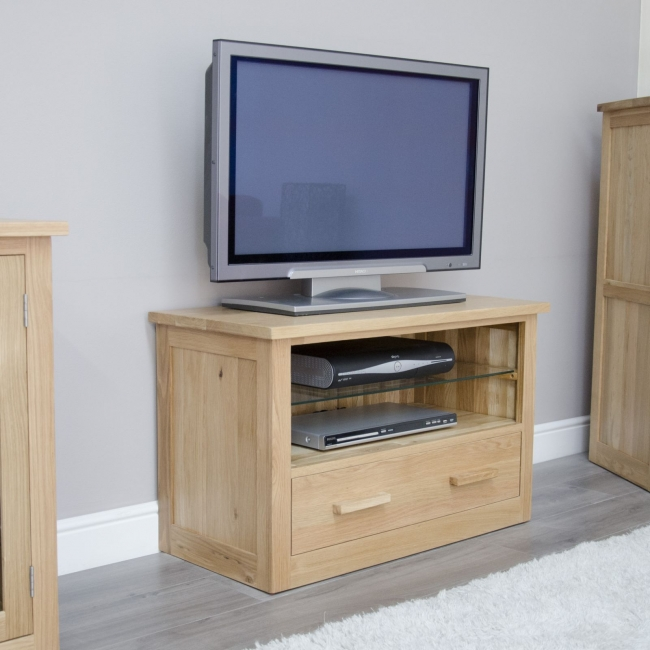 Arden solid oak living room furniture small tv dvd cabinet for Tv stand for small living room